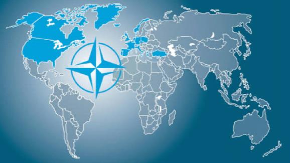 The Nuclear Duplicity of NATO